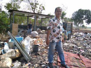 tempat pembakaran sampah desa